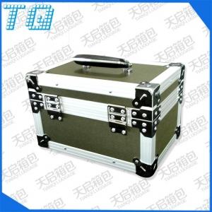 野外军绿铝合金工具箱包